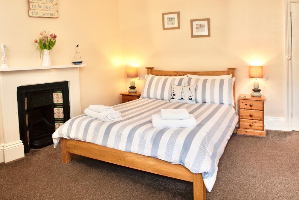 Colebrooke House - Room 4